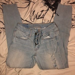 ADORABLE light AMERICAN EAGLE skinny jeans